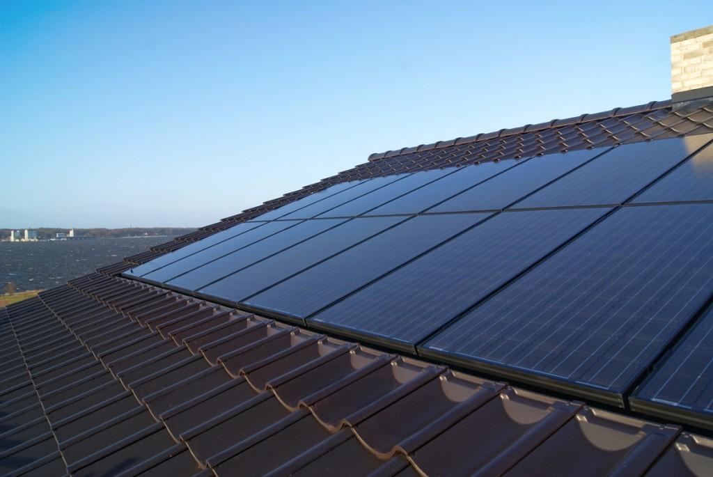 Dit eget solcelleanlæg – en rigtig god idé